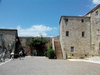Place du Champ de Bataille (Le Castellet)