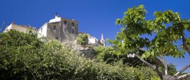 Découverte du village perché de La Cadière, à l'âme provençale