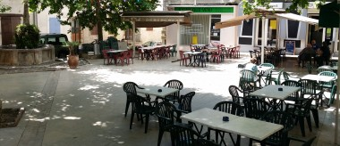 Place du Marché / Alphonse Rousset