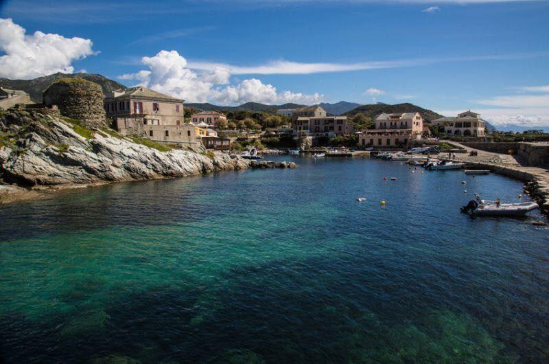 Tours génoises du Cap Corse -Tour de Centuri