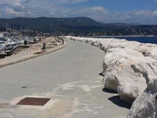 L'aménagement du port et la grande jetée