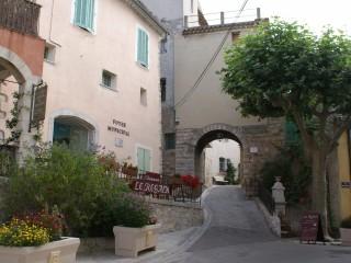 Avenue Marx Dormoy à La Cadière