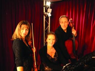Trio Sisley